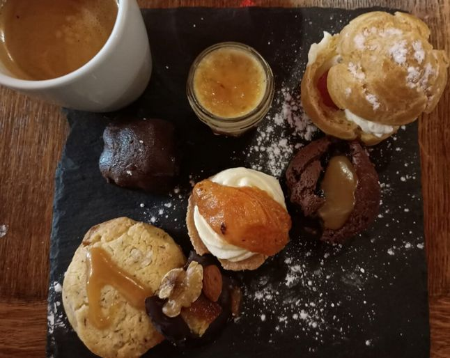 20 Les Tables de la Fontaine Toulon Cafe Gourmand