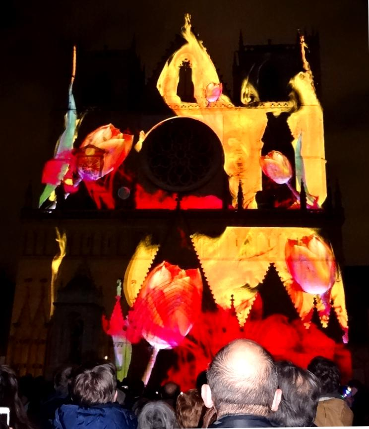 18 Fete Lumieres Cathedrale St Jean 92