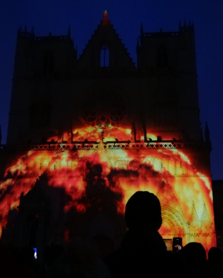 19 Fete Lumieres Cathedrale St Jean Genesis 4