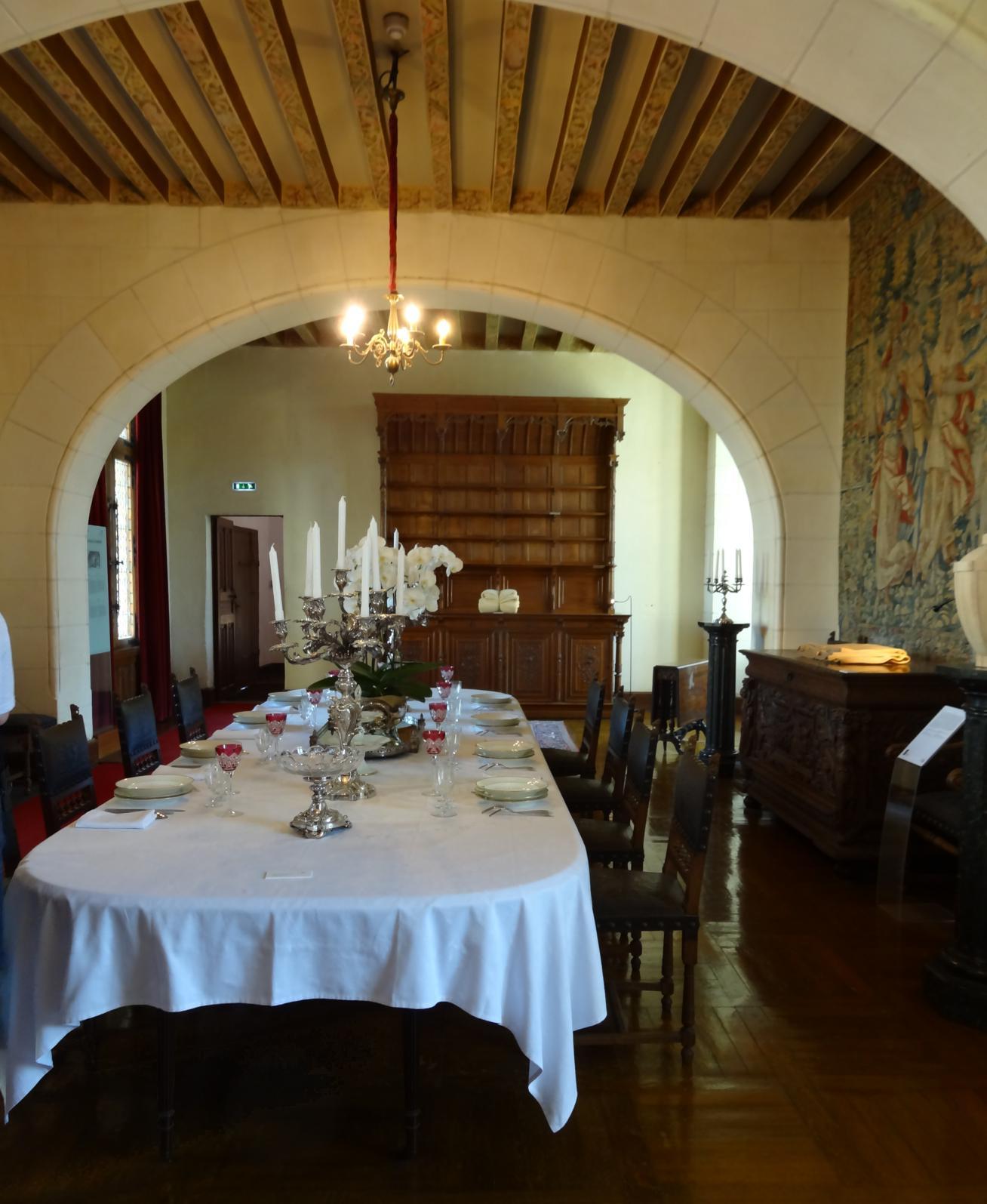 19 Chaumont sur Loire Chateau Salle manger 2 Zoom