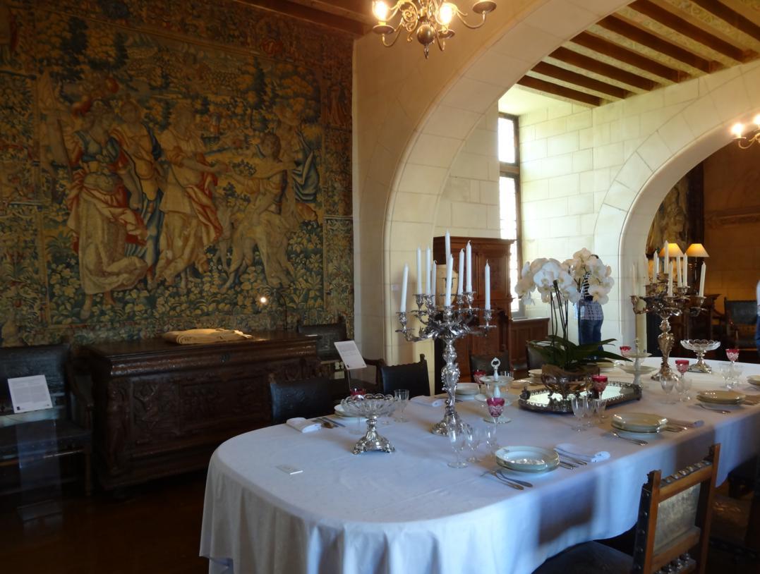 19 Chaumont sur Loire Chateau Salle manger