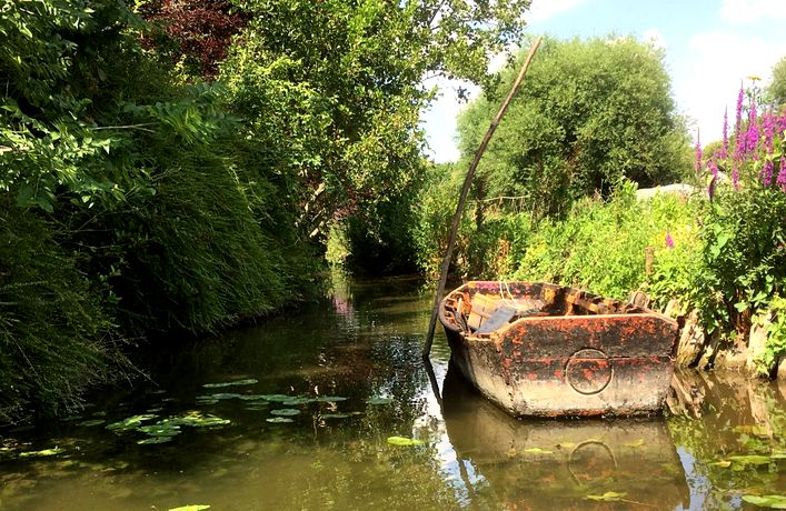 20 Hortillonnages Amiens Barge