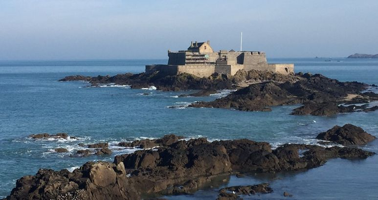 20 St Malo Fort Royal