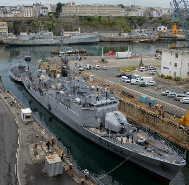 20 Brest Marine Nationale Chantier naval 3