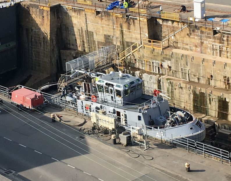 20 Brest Marine Nationale Chantier naval carenage 1