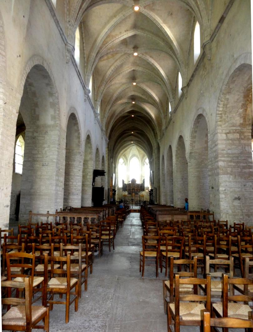 17 Jura Baume Messieurs Abbaye Imperiale Eglise int 6