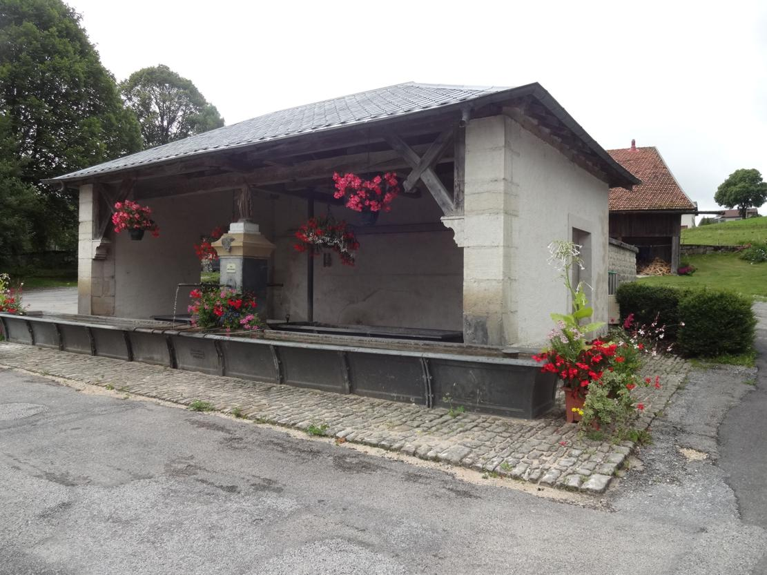 17 Grand Combe Chateleu Lavoir