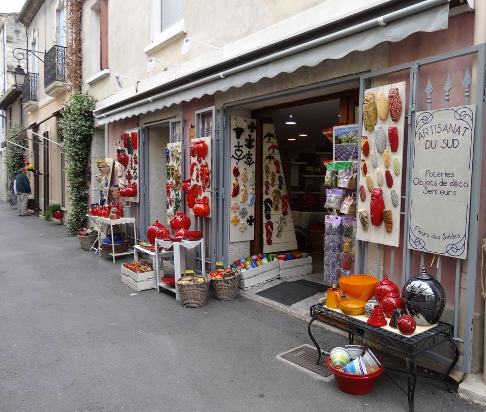 15 Aigues Mortes Ruelle Magasin Deco