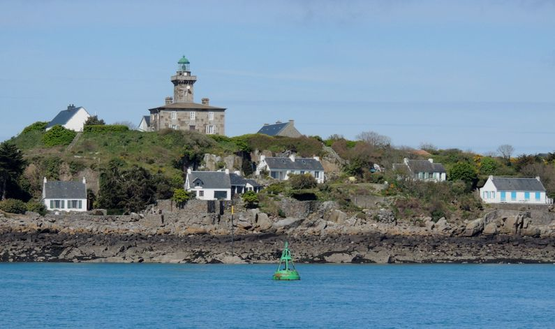 20 Iles Chausey Phare