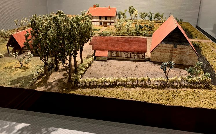 21 Caen Musee Normandie Int maquette