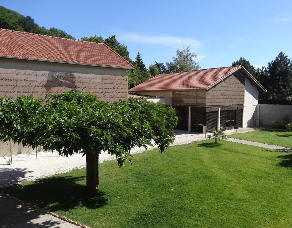 15 Palais Facteur Cheval Musee