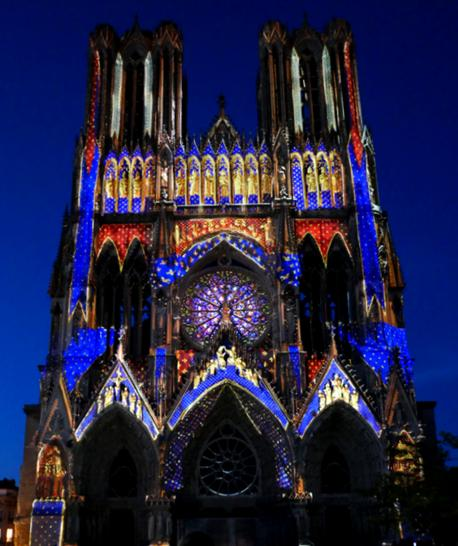 19 Cathedrale Reims Spectacle Regalia 1